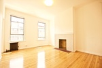 FULL FLOOR, 6 ROOM APARTMENT, AS BIG AS A HOUSE IN GORGEOUS GREENPOINT!
